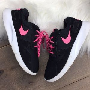 Nike Roshe toddler Child Girl 13.5C ✨